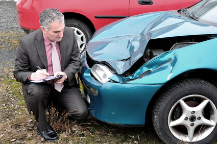 car accident inspection representing the leading causes of car accidents