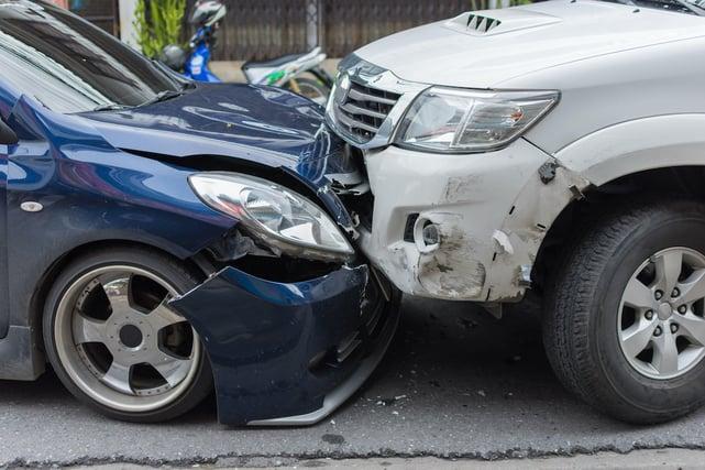 auto accident_119784263
